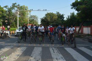100+ cyclists